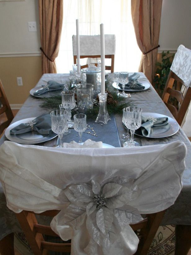 Winter Snow: RMS user AprilD26 used winter snow and ice as the inspiration for her holiday tablescape. Crystal glasses, a blue table runner and silver accents create a graceful and elegant dining experience