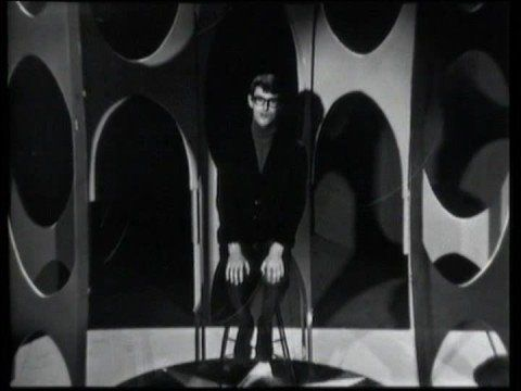▶ Jonathan King - Everyone's Gone To The Moon (1965) - YouTube