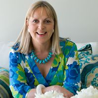 Paula Pryke-we went to the same Flower College......