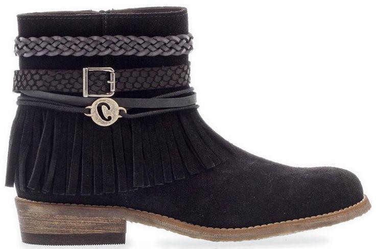 CLIC! | Deze mooie booties van C L I C ! zijn super leuk voor meisjes. De franjes en kettinkjes geven de schoen een leuke twist. Shoppen? Klik op de foto!  #CLIC! #CLIC!kinderschoenen #kinderlaarzen #meisjeslaarzen #laarzen #franjes #boots #shoes