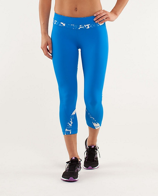 probably gonna cave and get these. I don't always shop lululemon, but when I do, its only in the clearance section. haha, seriously though. Great stuff, not worth the regular prices, but totally worth the clearance prices.