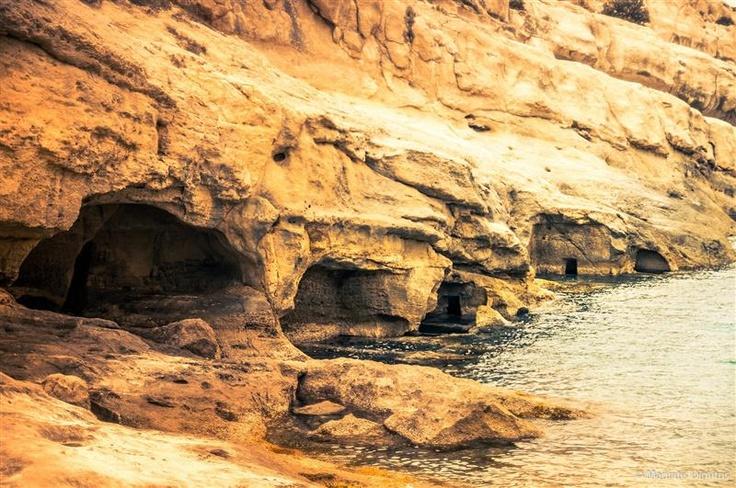 VISIT GREECE| Matala, The famous caves, Crete