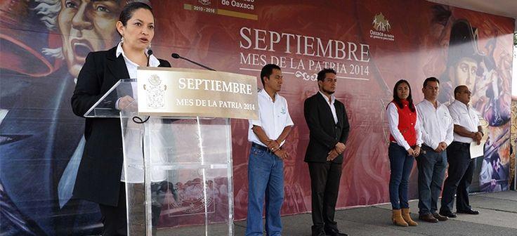 Encabeza el IEBO izamiento de la Bandera Nacional por el 204 Aniversario de la Independencia de México