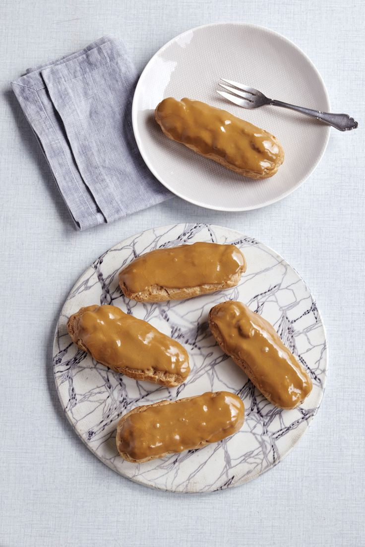 Trust us these coffee eclairs by the fantastic James Martin are delicious. This is a great recipe to try out this weekend!