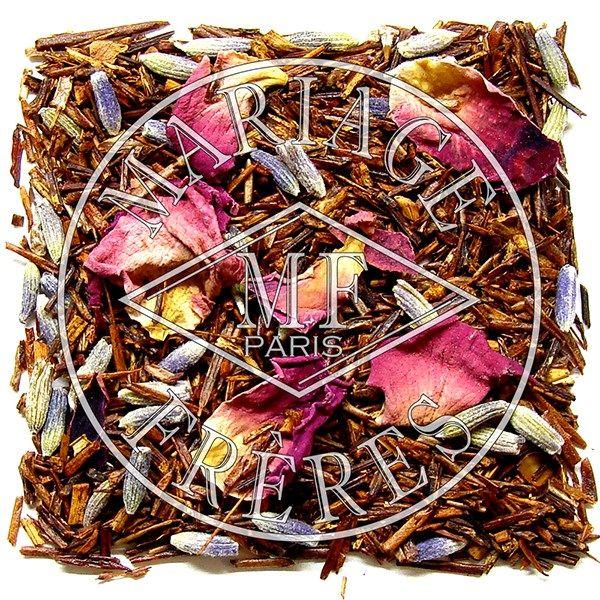 Rouge Provence Mariage Frères propose une déclinaison de son mélange inspiré par la Provence sur la base d'un thé rouge rooibos.