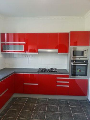Modern egyedi konyha - Kitti Konyhabútor Stúdió Debrecenben