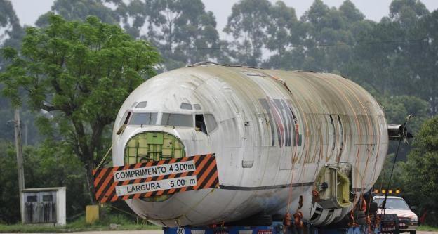 GLOBE NEWS : GLOBE NEWS  ·DIARIO GAUCHO-BRASIL NEWS-Avião é car...