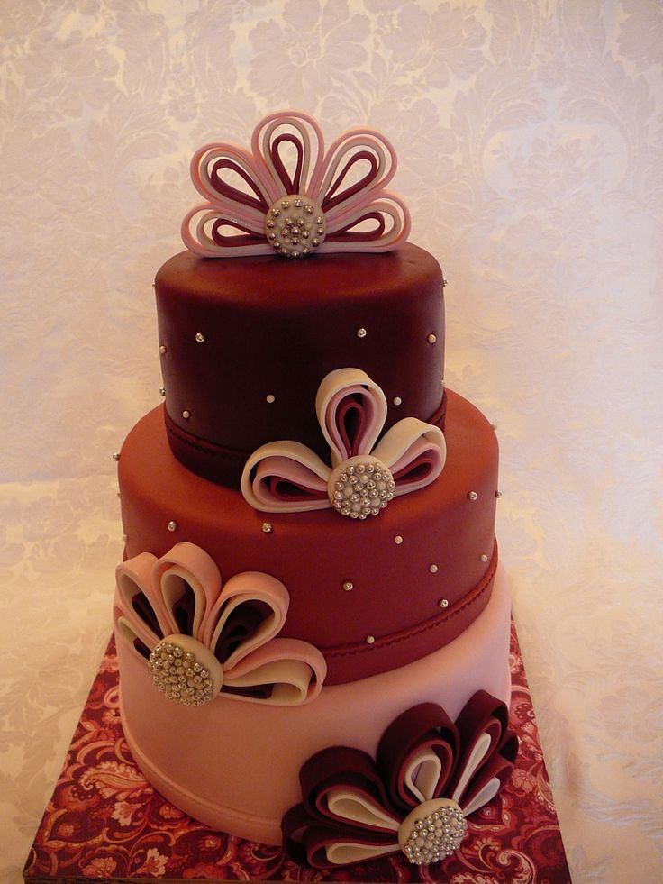 1000+ images about Quilled cakes on Pinterest Quilling ...