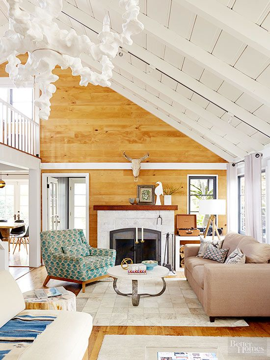 Ok, so the fake stuff wasn't so hot, which led to paneling's bad rap. But it's time to officially ditch the myth that wood paneling is only for mountain lodges and rundown retro homes. Nowadays, wood-lined walls are chic and stately, adding warmth and a hint of whimsy to your favorite rooms./