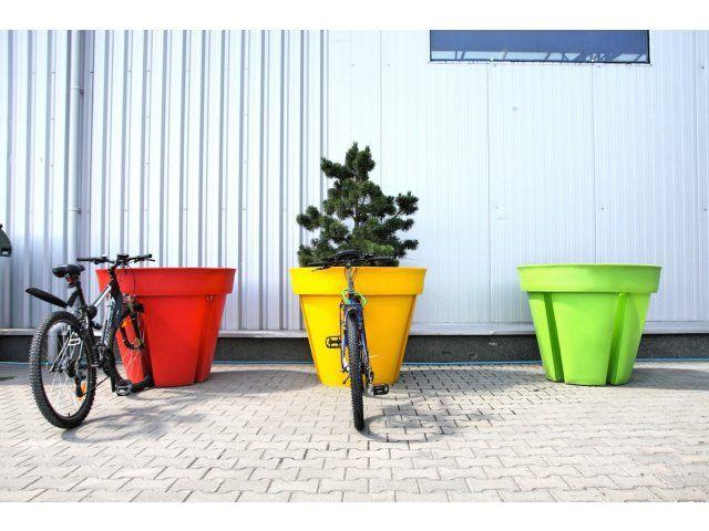 Bikepot to nowe podejście do tradycyjnych rozwiązań. Stojak na rowery w formie donicy to nie tylko funkcjonalność, ale także niezwykła designerska dekoracja
