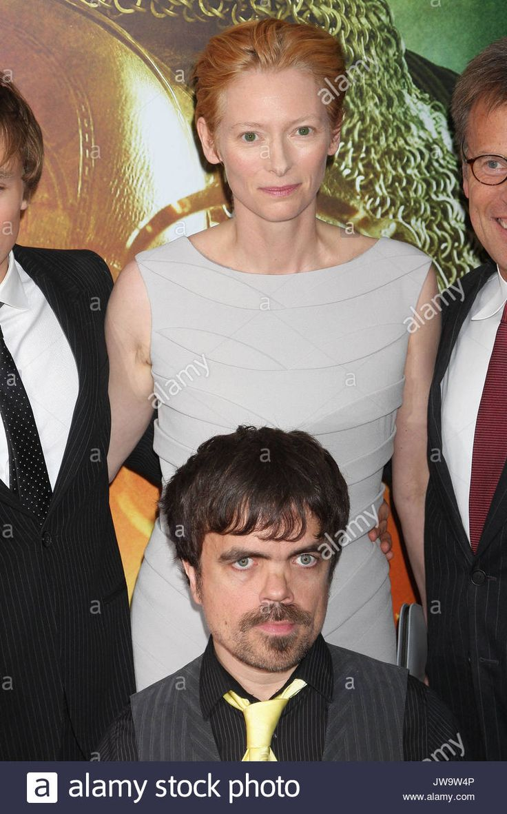 """Tilda Swinton and Peter Dinklage at """"The Chronicles of Narnia: Prince Stock Photo, Royalty Free Image: 153266646 - Alamy"""