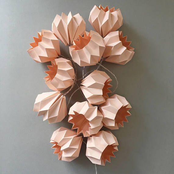 Unique Au ergew hnliche Lichterkette mit zw lf handgefertigten rosa Deko Kugel aus festem aber durchscheinem Papier