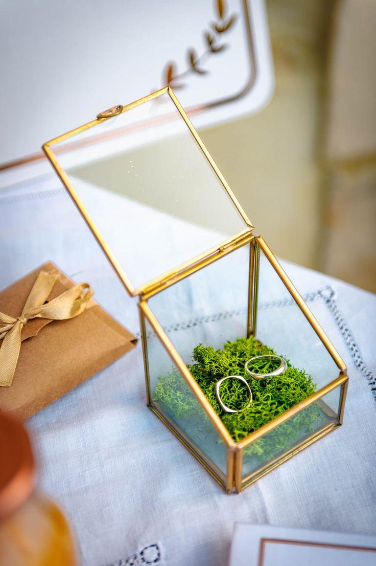 les 25 meilleures id es de la cat gorie centres de table avec fleurs sur pinterest pi ces. Black Bedroom Furniture Sets. Home Design Ideas