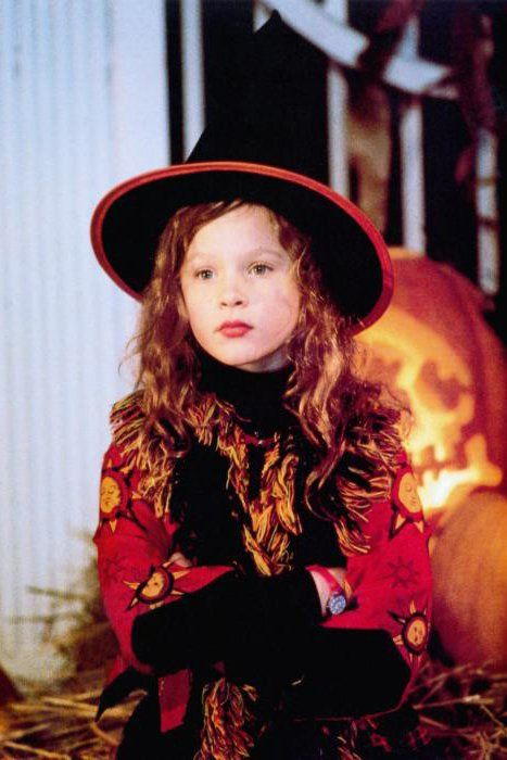 Pin for Later: The Cast of Hocus Pocus: Then and Now Dani, played by Thora Birch