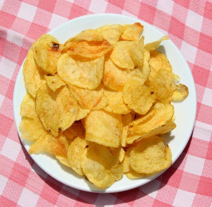 Кулинарный блог!Лучшие рецепты.: Как приготовить картофельные чипсы в духовке?