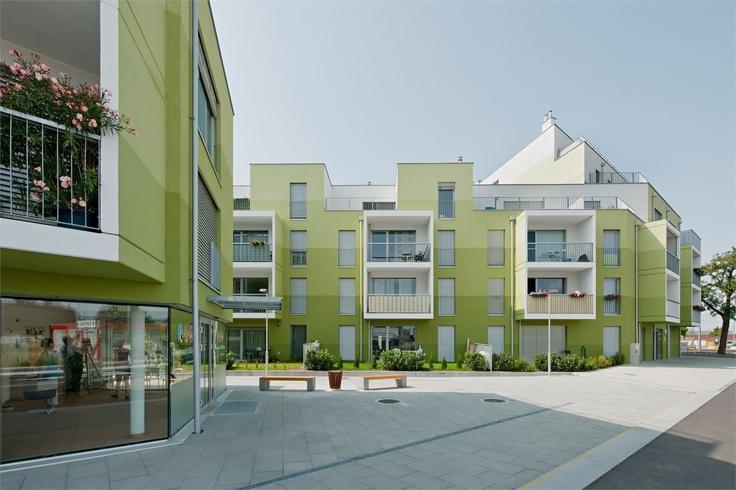 Wohnbau Herzberg, Wienna - AllesWirdGut