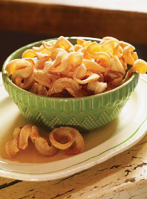 Crispy Pork Rinds (Oreilles de crisse) Recipes | Ricardo