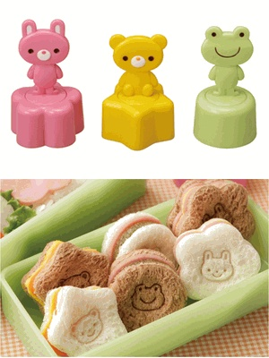 This cookie sandwich stamp cutters moldsThese food cutters are made by Torune (bento accessories company in Japan) With rabbit, bear and frog designs, there are cute shapes of star, circle and flower to stamp. Instructions with illustrations are on the back of this package.