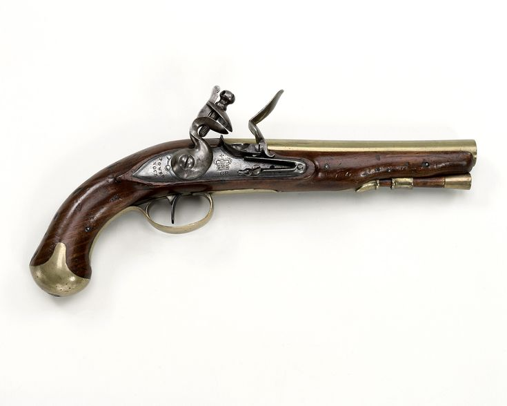 1796 British Flintlock pistol at the National Maritime Museum, London