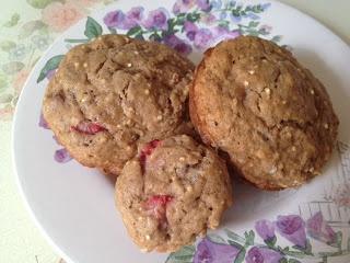Strawberry banana muffins with quinoa, chia, and flax | Liquor & Eggs ...