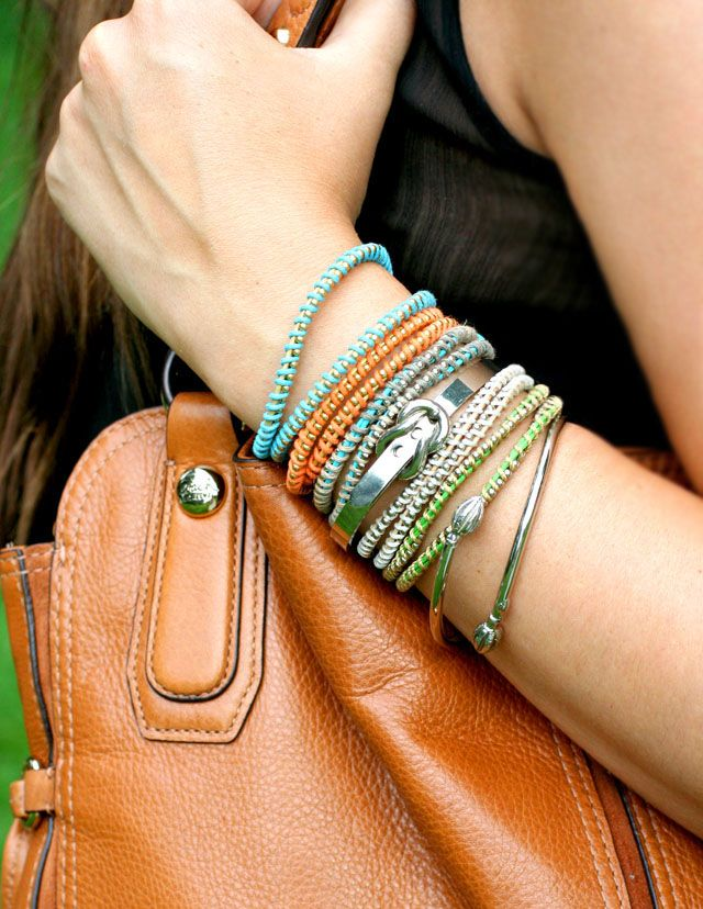 diy bracelets -cute @Michelle Senf you & me have to make these Love!
