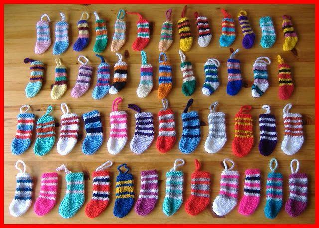 marianna's lazy daisy days: Mini Christmas Stocking Decorations ~ for school craft fair