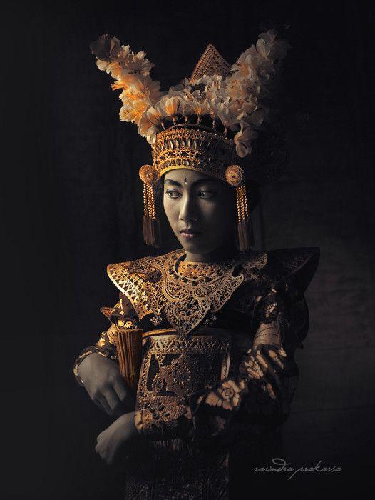Dancer in Bali