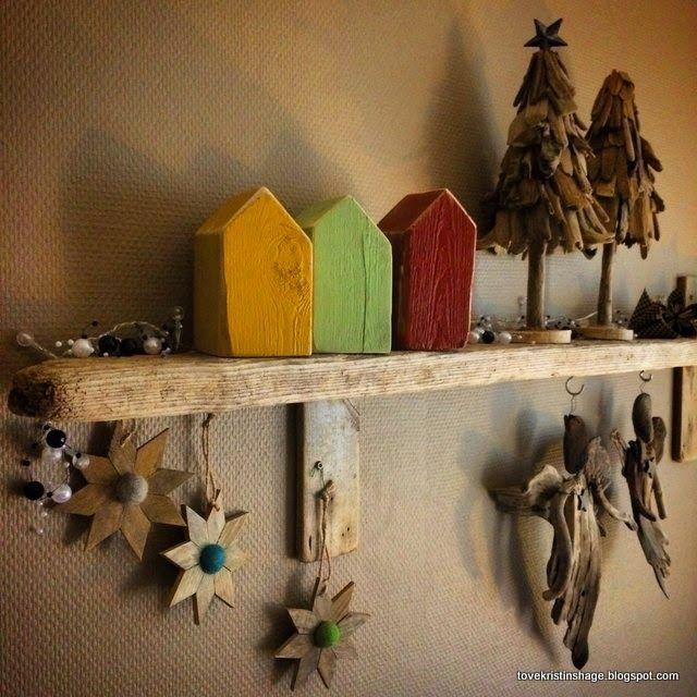 Tove Kristins Hage: Endelig, fikk jeg opp planken å veggen. Små hus...