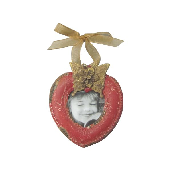 Cute love-heart photo frame. http://definestyle.net.au/shop/small-hanging-photo-frame/