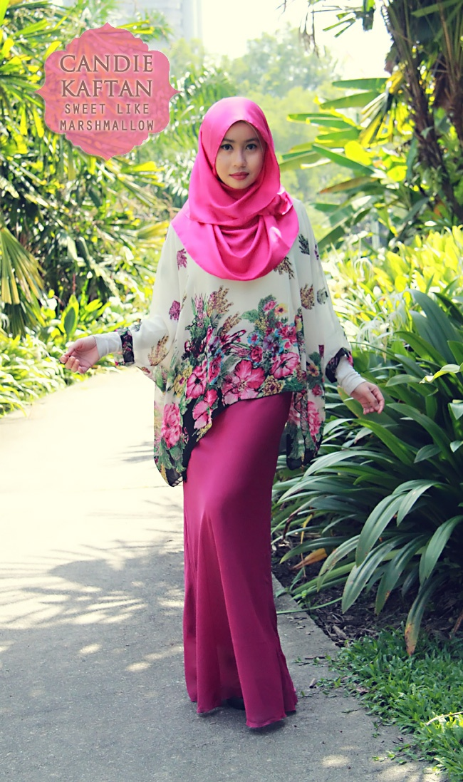 Floral blouse match with plain colors + lovely soft hijab