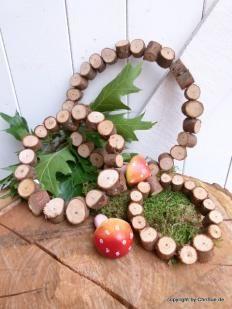 Kranz aus Holzstückchen
