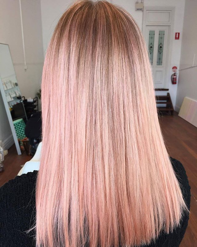 Friday morning treats with this strawberry milkshake created by @los_pastel, using Olaplex to both keep the client's hair in the best condition while also reducing porosity - meaning colours stay brighter and more vibrant for longer.  #olaplexau #theoneandonly#pinkhair #pinkblonde #pastelpink #pastelblonde #pastelhair #olaplexblondes #hairinspo #jointherevolution #olaplex #haircareaust #regram