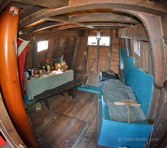 pirate ship bedroom 17 best images about captain s quarters pirate ship 12909