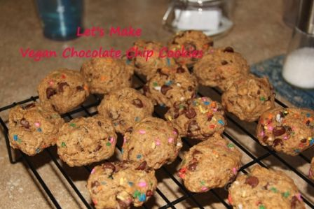 Vegan Chocolate Chip Cookie recipe and video