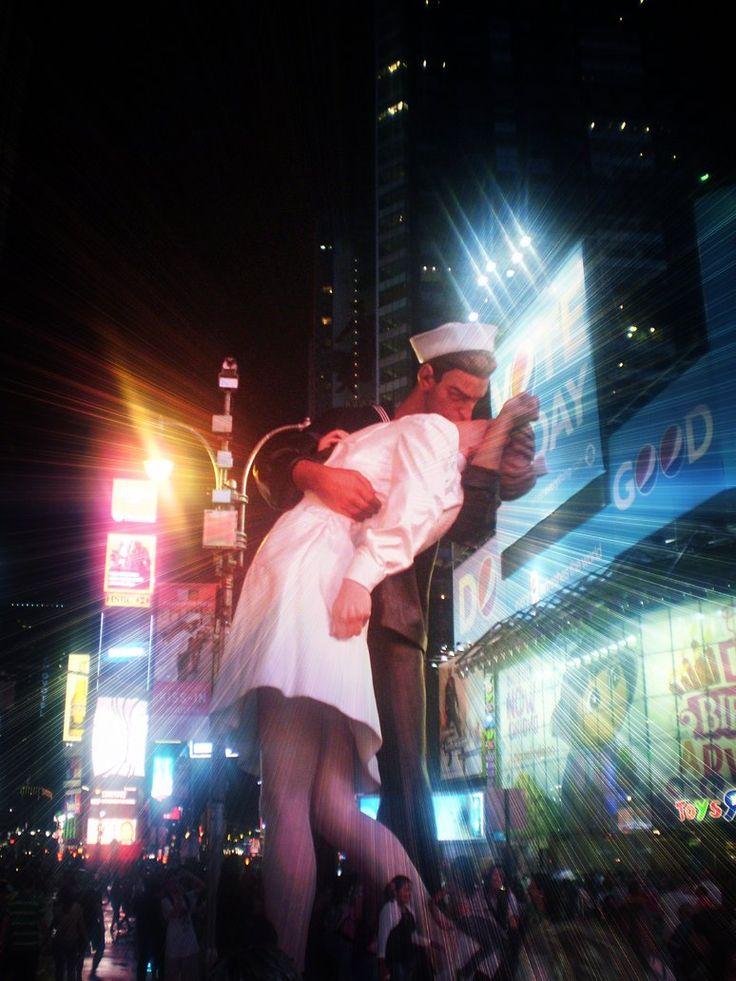 kiss by ~MaryQueenWolf on deviantART, New York