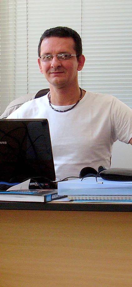 Джонас Луиз Бернардино - Переводчик-носитель португальского языка. Португальский язык: Перевод, Корректура, Редактура.