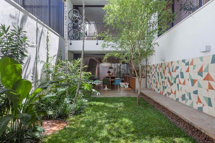 Galeria de Casa Geminada / CR2 Arquitetura - 1