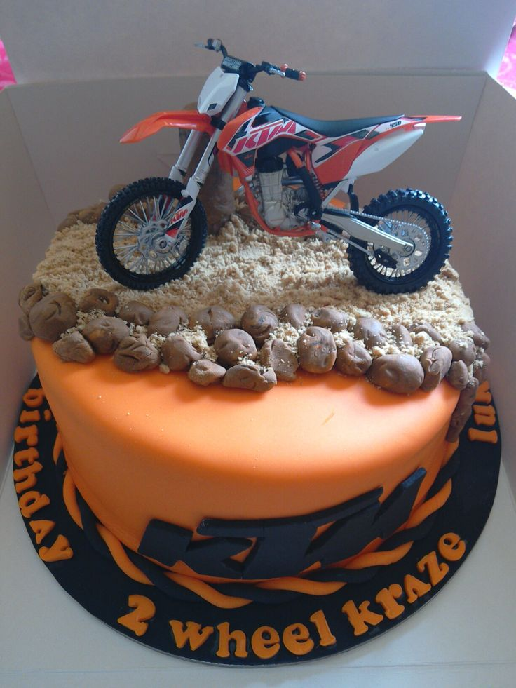 Cake i made for a KTM boy