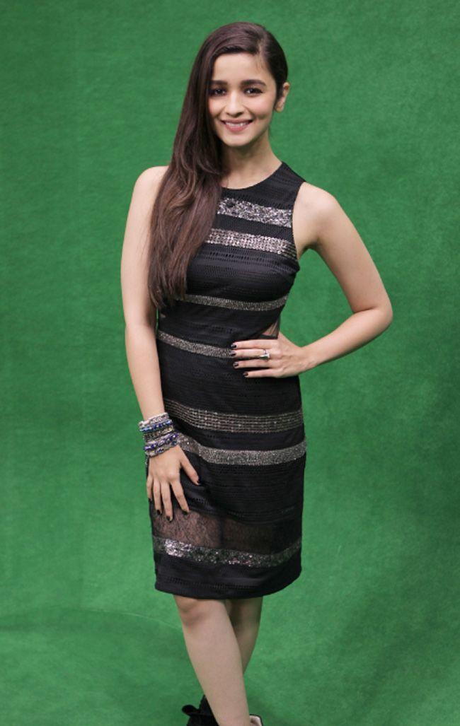Alia Bhatt at the India Today Mediaplex to promote 'Humpty Sharma Ki Dulhaniya'.