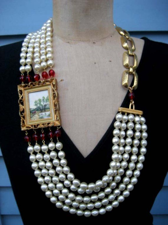 Picture Perfect - A Vintage Watercolor Statement Necklace . By Rebecca3030 on Etsy