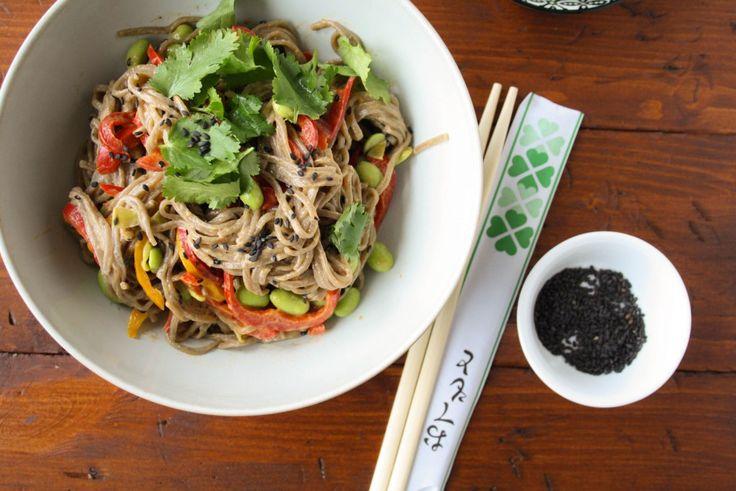 Sobanudel-Salat mit Erdnuss-Dressing · Homemade Deliciousness
