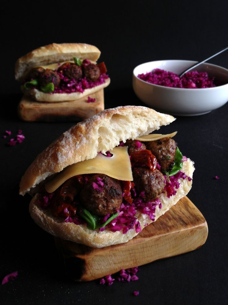 kanapka z klopsikami i kapustą 2
