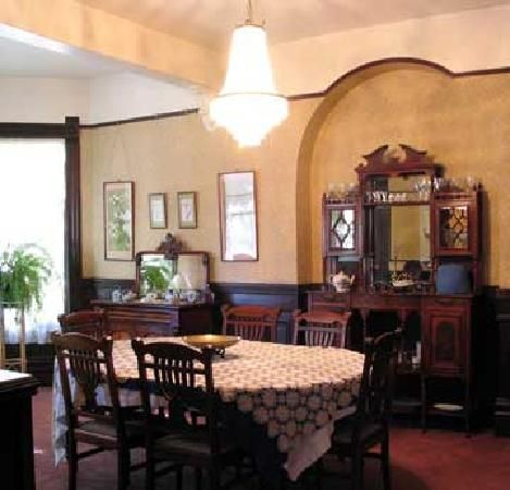91 Best Victorian Dining Rooms Images On Pinterest  Victorian Awesome Victorian Dining Room Decor Review