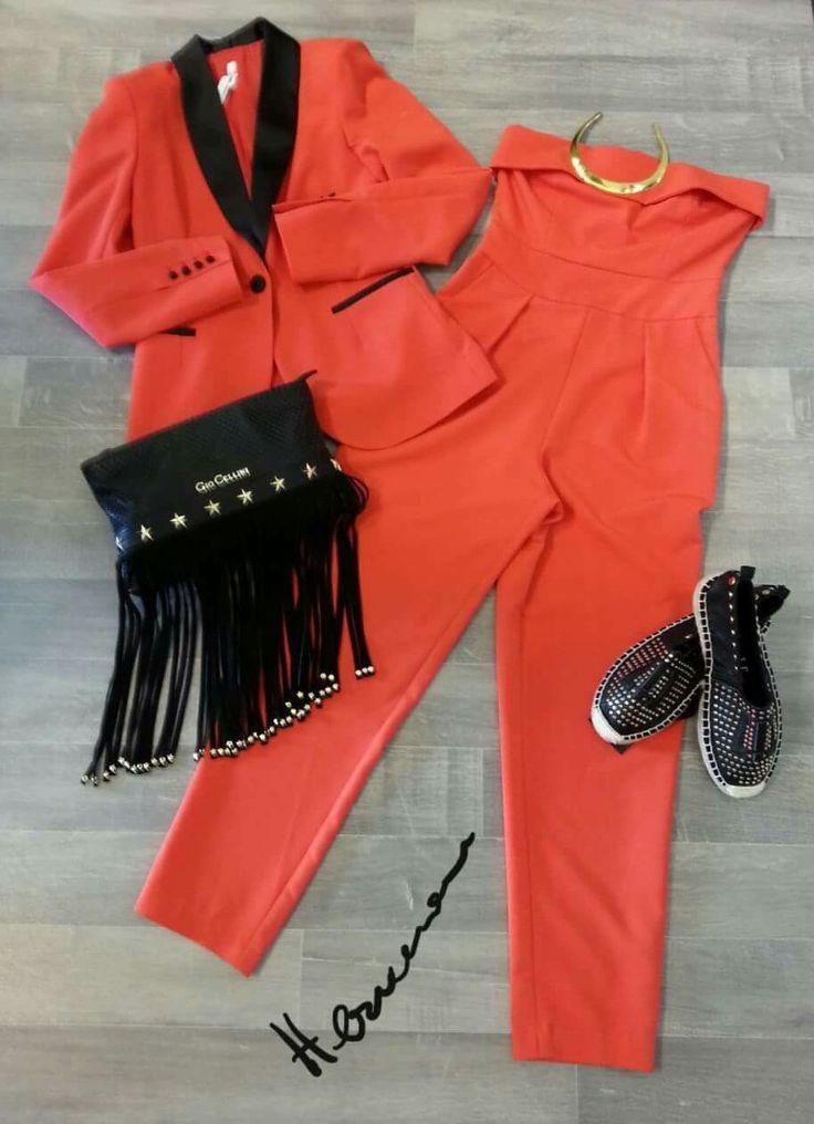 #Today's #outfit  #Nuoviarrivi  #DONNA  #HERMANSSTORE #PALAGIANO Info : WHATSAPP  3922320916 - 3479037482 Abito Roberta Biagi, borsa Gio Cellini, scarpe imperfect