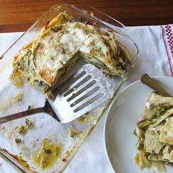 Green Chile Enchilada Casserole: Casseroles Dishes, Hatching Chile Chicken, Enchilada Casserole, Enchiladas Recipe, Green Chile, Chile Enchiladas, Green Chilis, Casserole Recipes, Chicken Enchiladas Casseroles