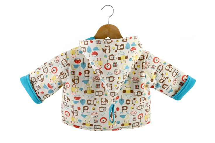 Baby Coat, Mezoome