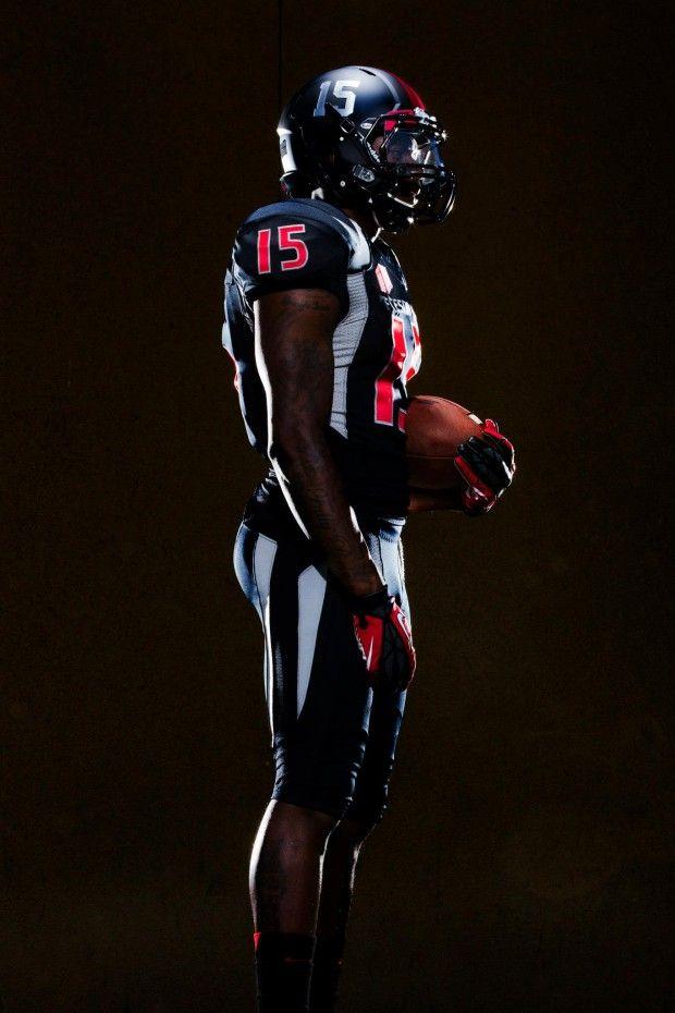 "Fresno State Bulldogs 2013 ""black out"" football uniforms ..."