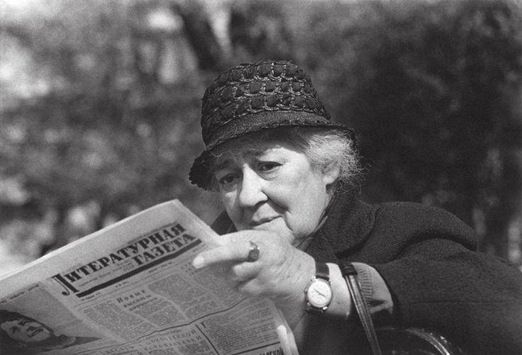 Фаина Георгиевна Раневская. Фотограф Владимир Богданов, 1968.