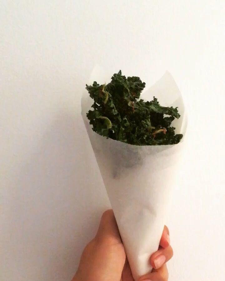 Kale chips !   www.dandelionlane.com.au