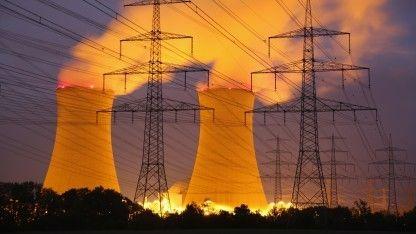 An der Nordsee Windstrom im Überfluss, im Süden Mangel: Die regionale Unwucht der Energiewende setzt die Netze immer stärker unter Druck. Netzmanager drücken beim Ausbau aufs